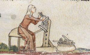 Pettini per cardare. The Smithfield Decretals (Brit. Lib. Royal 10 E IV), c. 1300-1340_ F138R
