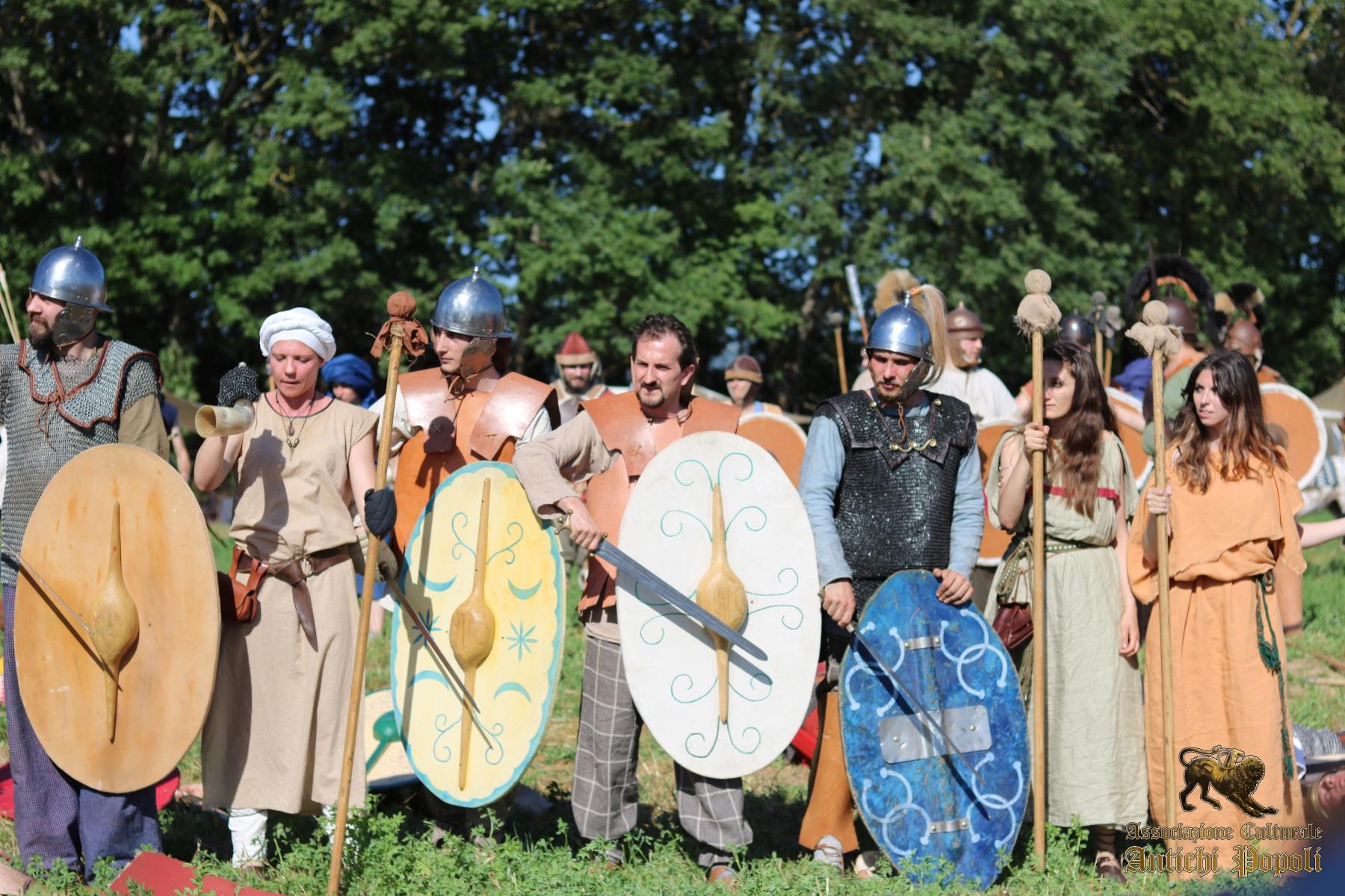 Clan Celtico Il Lupo e la Civetta dell'Associazione Antichi Popoli
