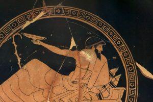 Simposiasta, su una kline impegnato a giocare al kottabos – Prodotto ad Atene dal pittore Douris - 500-450 a.C. - Da Chiusi